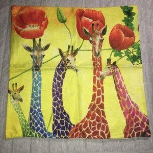 Giraffe accent Pillow Cover